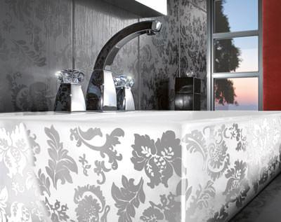 lust auf prunk und pracht im badezimmer schlichter. Black Bedroom Furniture Sets. Home Design Ideas