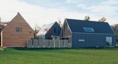gut bedacht 2007 zum dritten mal verliehen architekturpreis zum geneigten dach. Black Bedroom Furniture Sets. Home Design Ideas