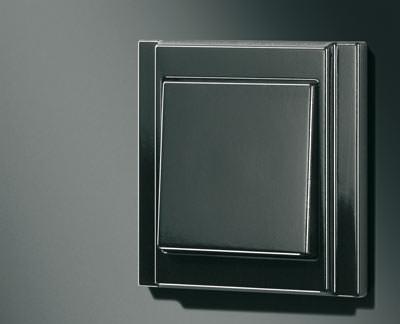 black is beautiful schalterprogramme in schwarz schwarze schalter. Black Bedroom Furniture Sets. Home Design Ideas