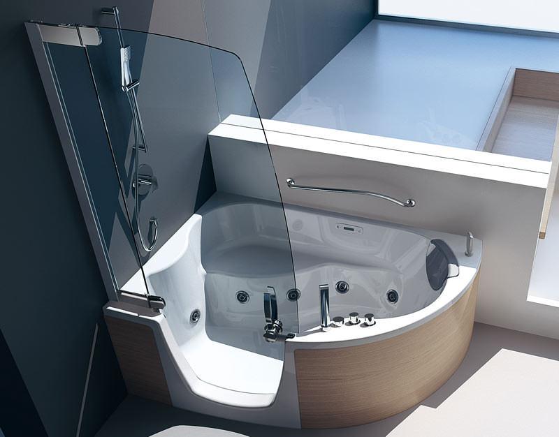 neue kombiwanne f r alle lebensphasen barrierefreie badewanne mit t r. Black Bedroom Furniture Sets. Home Design Ideas