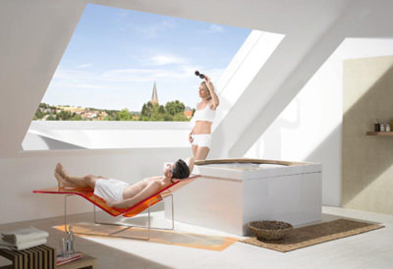 Panorama dachfenster preise  Premiere: Panorama-Dachfenster Azuro von Roto