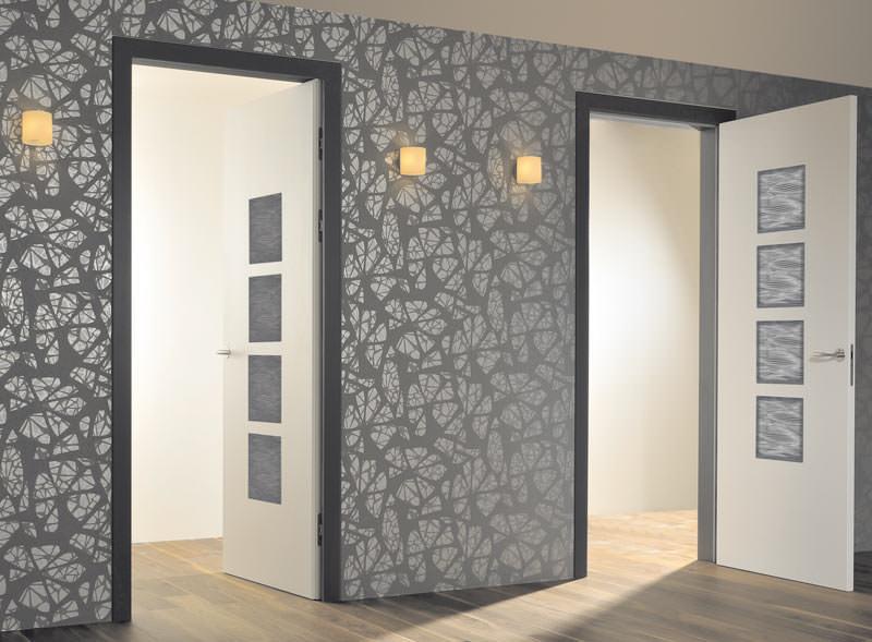 dana t ren setzen auf viel fl chenb ndiges design fl chenb ndige innent ren. Black Bedroom Furniture Sets. Home Design Ideas