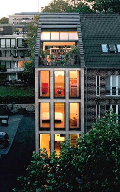 h user award 2009 urbanes wohnen liegt im trend stadthaus townhouse. Black Bedroom Furniture Sets. Home Design Ideas