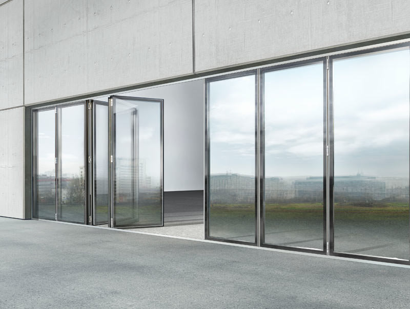 glas faltwand system in ganzglas optik mit stufenglas glasfaltwand sl 82 mit fl chenb ndiger. Black Bedroom Furniture Sets. Home Design Ideas