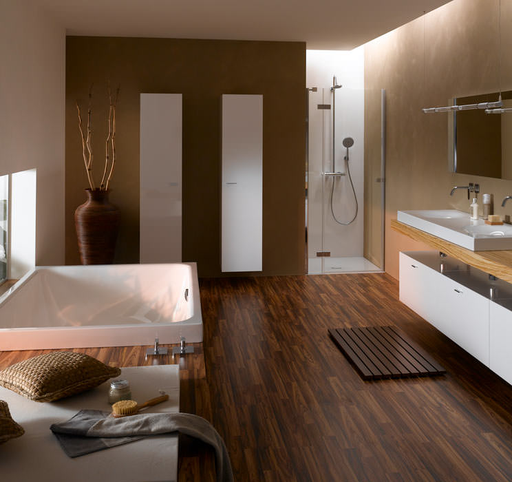 wasser erleben mit der gro raumwanne bettespa. Black Bedroom Furniture Sets. Home Design Ideas
