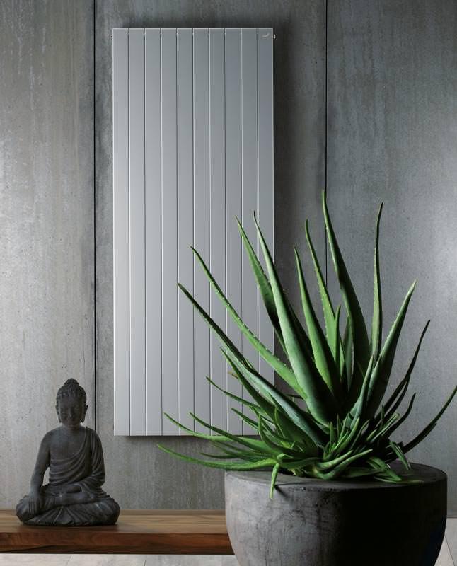 ratgeber niedertemperatur heizk rper heizk rper f r niedrige vorlauftemperaturen. Black Bedroom Furniture Sets. Home Design Ideas
