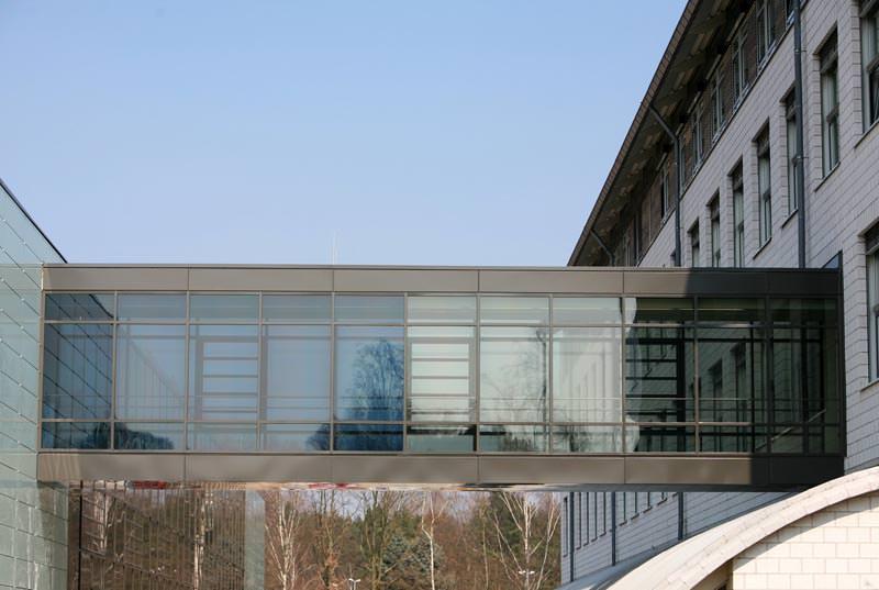 Fraunhofer-Institut gibt sich Skywalk mit schaltbarem Sonnenschutzglas