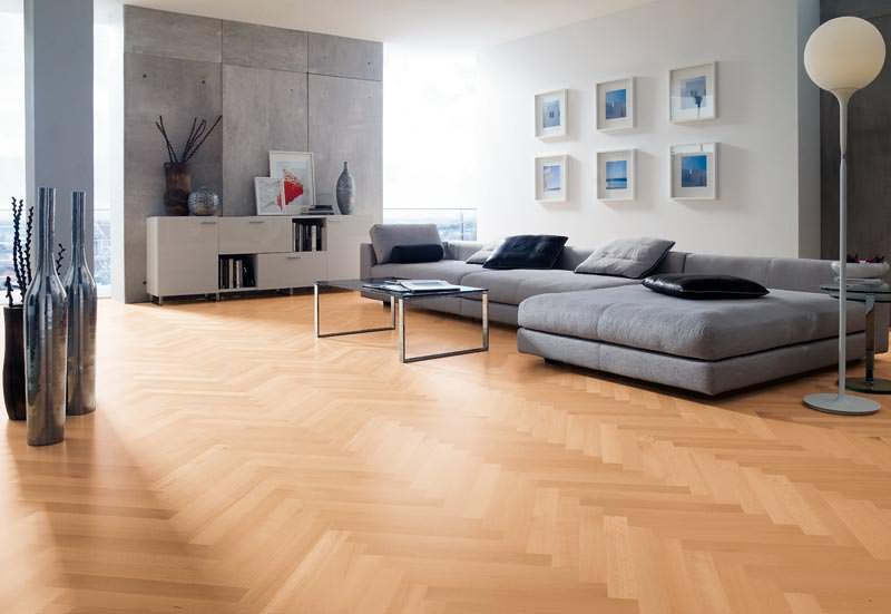 stabparkett werkseitig mit naturalin vorge lt bucheparkett eicheparkett im fischgr t muster. Black Bedroom Furniture Sets. Home Design Ideas