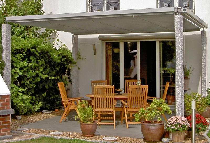 neue freistehende berdachung f r terrassen und freisitze von casa vitrum. Black Bedroom Furniture Sets. Home Design Ideas