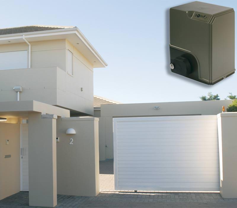 somfys neue antriebsgeneration f r einfahrtstore automatische hoftore. Black Bedroom Furniture Sets. Home Design Ideas