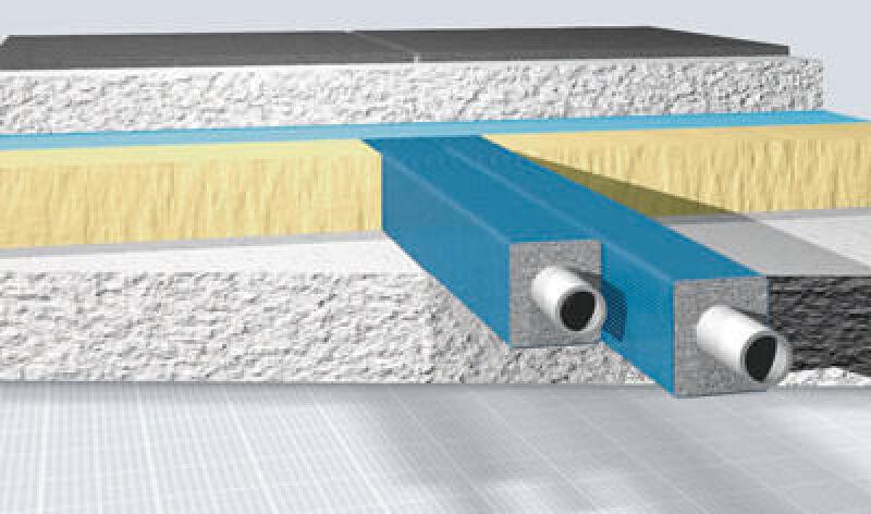 Rohrwärmekorrektur für isolierte Heizungsrohre - hier mit viereckiger Rohrdämmung
