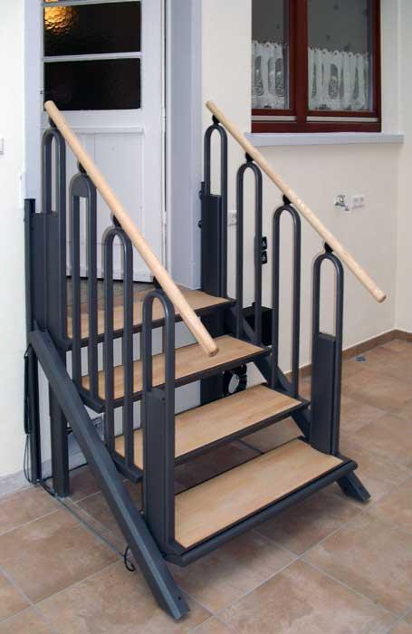 Cama Treppenlift lifttreppe flexstep eine treppe wandelt sich zum plattformlift