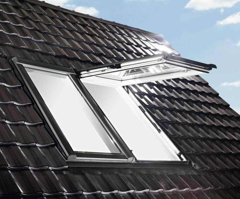 designo neue roto wohndachfenster generation klapp schwing dachfenster niedrigenergie. Black Bedroom Furniture Sets. Home Design Ideas
