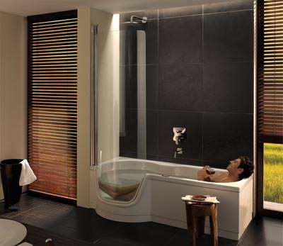 dusche zum baden aus stahl email badewanne mit t r. Black Bedroom Furniture Sets. Home Design Ideas
