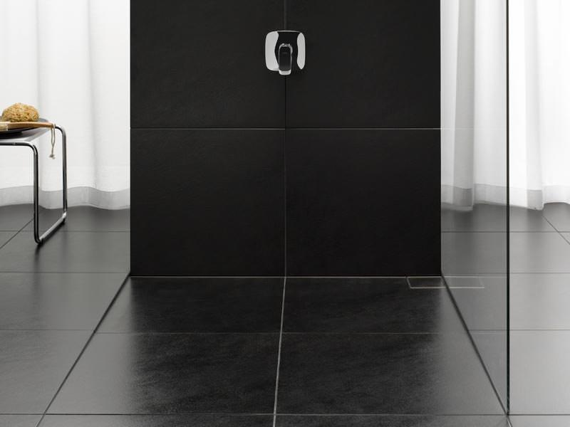 illbruck erweitert system der schattenfugenentw sserung. Black Bedroom Furniture Sets. Home Design Ideas