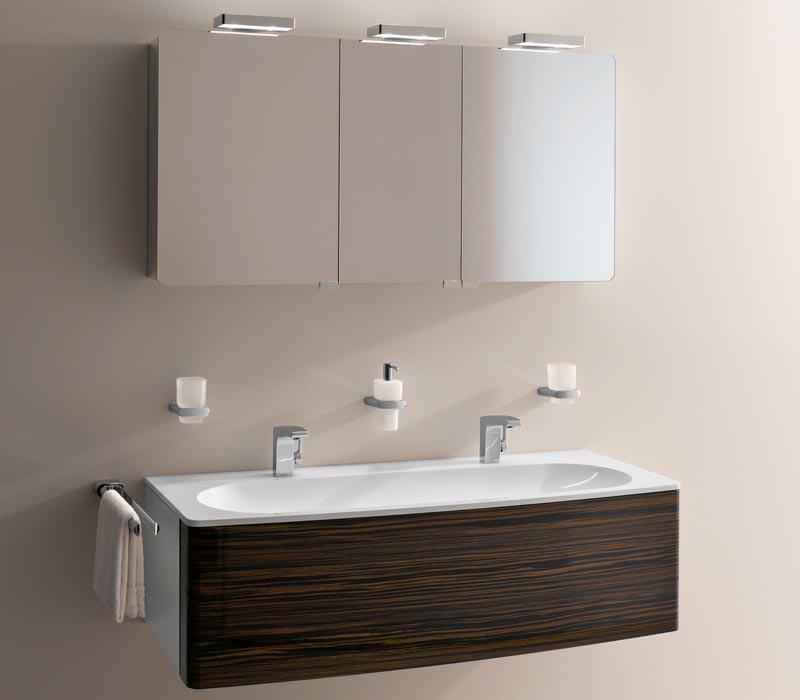 keucos elegance kollektion bekommt exklusiven. Black Bedroom Furniture Sets. Home Design Ideas