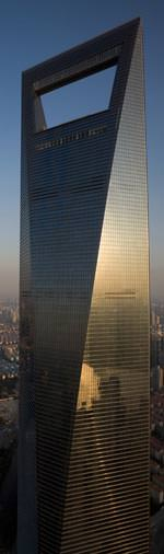 Shanghai World Financial Center, Shanghai von Kohn Pedersen Fox Associates (Bauherr: Mori Building Company).