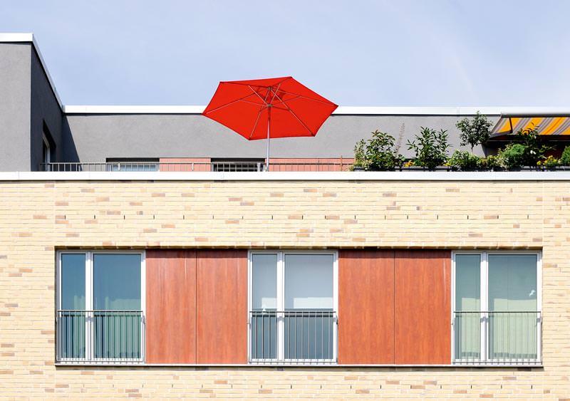 baunachrichten bei hausbau24 hausbauartikel 1655 fassadenpreis wohnhaeuser aus dem jahre 2010. Black Bedroom Furniture Sets. Home Design Ideas
