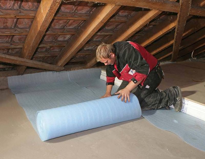 uni loft dachbodend mmung mit nut feder und system begehbare dachboden d mmung mit. Black Bedroom Furniture Sets. Home Design Ideas