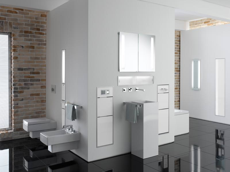 wie emco bad vorwand installationen auch als stauraum nutzt. Black Bedroom Furniture Sets. Home Design Ideas