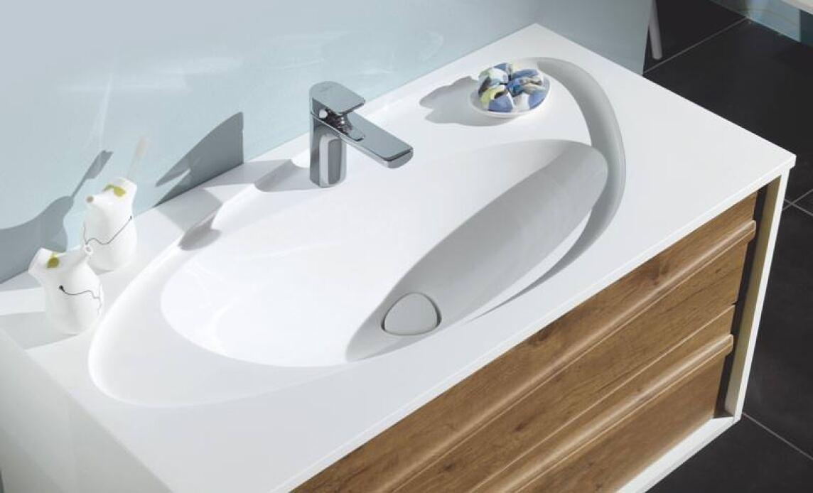 Sanipa Waschplätze mit einem Hauch Nierentisch