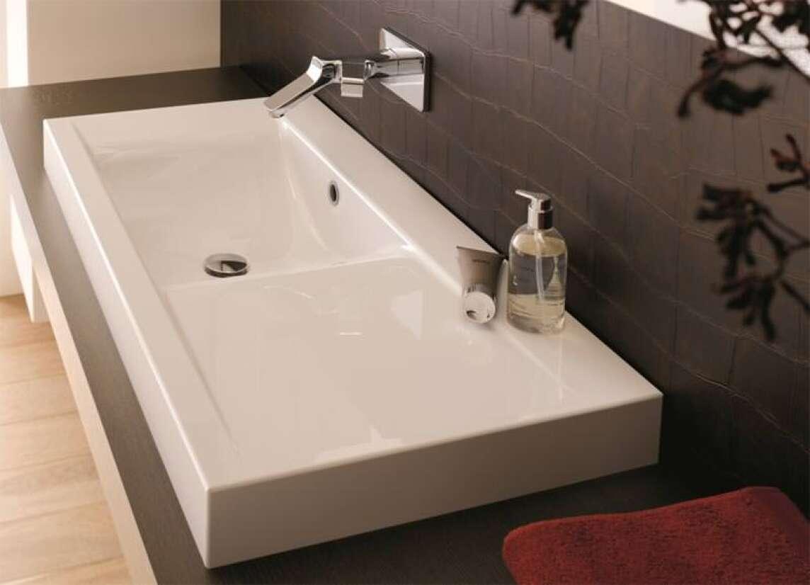 neue bette waschtischserie orientiert sich am schwung. Black Bedroom Furniture Sets. Home Design Ideas