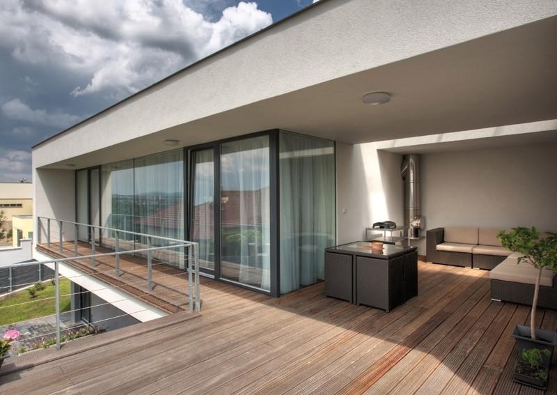 Warmegedammte Bodenschwelle Fur Eingangs Balkon Und Terrassenturen