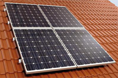 braas setzt auf photovoltaik aufdachsystem sofi top modulst tze. Black Bedroom Furniture Sets. Home Design Ideas