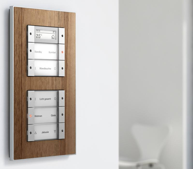 aluminium erg nzt giras schalterserie esprit aus. Black Bedroom Furniture Sets. Home Design Ideas