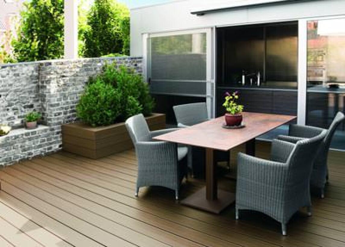 terrassen und bodendielen aus kunststoff als alternative zu wpc nomawood ambiente. Black Bedroom Furniture Sets. Home Design Ideas