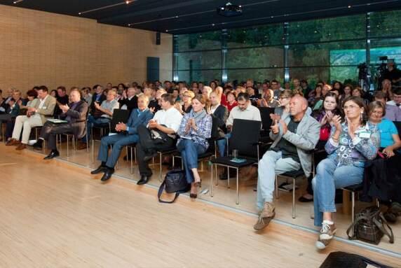Zum vierten Mal in Folge lud die Hansgrohe SE zum Wassersymposium in den Schwarzwald ein.