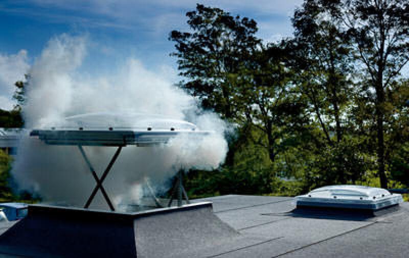 Rauch- und Wärmeabzug-Fenster sowie Flachdachfenster von Velux