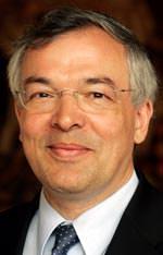 Prof. Dipl.-Kfm. Thomas Bauer vom Hauptverband der Deutschen Bauindustrie