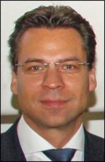 Univ. Prof. Dr.-Ing. Karsten Ulrich Tichelmann, Institut für Tragwerksentwicklung und Bauphysik der TU Darmstadt