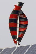 WG-100-Generator: Windrad dreht um Vertikalachse