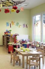 Auf Wunsch erstellt Algeco schlüsselfertige Gebäude samt Mobiliar, Dekoration und Spielzeug.