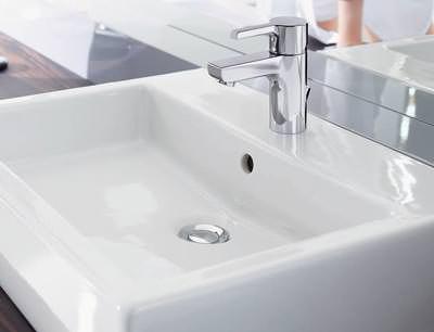 neue wassersparende armaturen von hansa f r das home segment. Black Bedroom Furniture Sets. Home Design Ideas