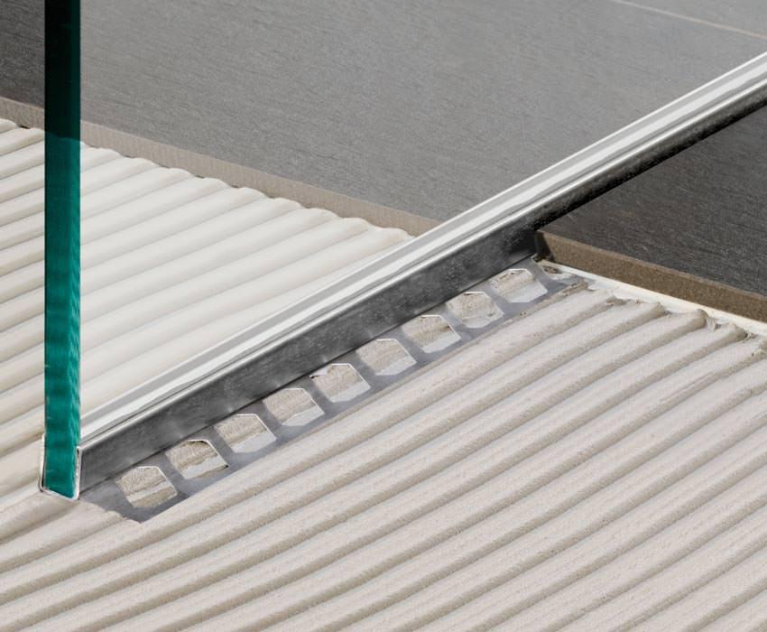 Bodengleiche Dusche Leiste : FliesenprofilGlashalteleiste von Blanke für Trennwände