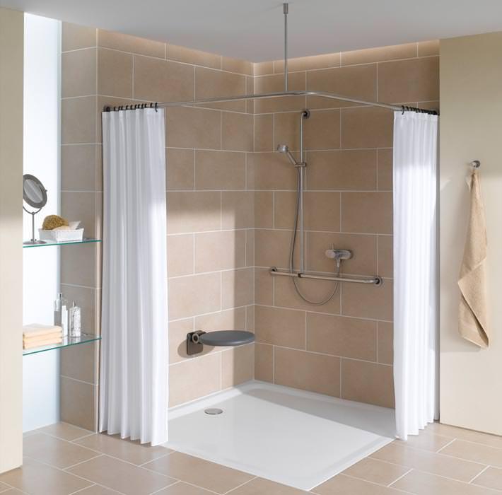 quadratische bette duschwannen in neuen gro formatigen. Black Bedroom Furniture Sets. Home Design Ideas