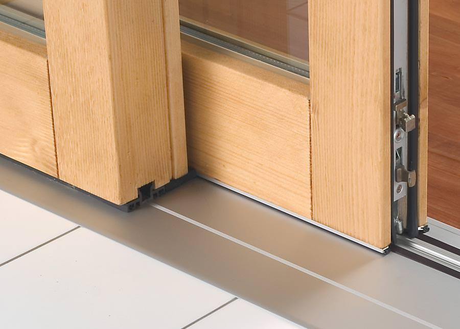 schwellenlose t rdurchg nge mindern die stolpergefahr auch in kinderg rten. Black Bedroom Furniture Sets. Home Design Ideas