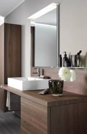 Duravit bringt mit Delos Wohnlichkeit ins Badezimmer