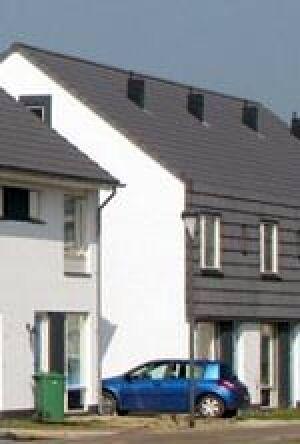 """luftreinigenden """"ClimaLife""""-Dachsteinen der Dachziegelwerke Nelskamp"""