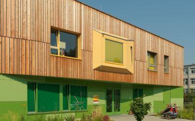 Fassadenfarbe hellgrün  Fassadenfarbe Hellgrün | harzite.com