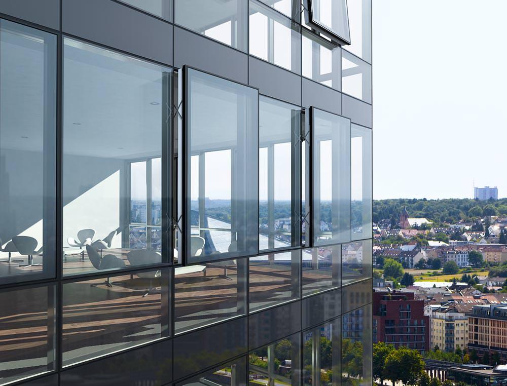 gro fl chige semi structural glazing fassaden mit zwei. Black Bedroom Furniture Sets. Home Design Ideas
