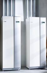 Sole/Wasser-Wärmepumpe (F1345) und der passenden Steuerung (ACS 45)