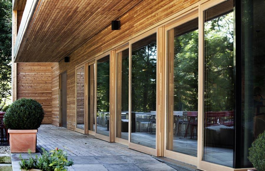 hf 82 effizient neues kneer holzfenster als einstiegsmodell in die effizienzklasse budget. Black Bedroom Furniture Sets. Home Design Ideas