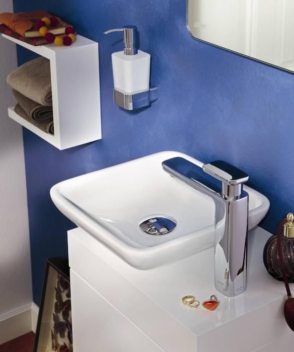 Badmöbel esprit  Esprit home bath concept für Lifestyle fürs Gästebad auf kleinster ...