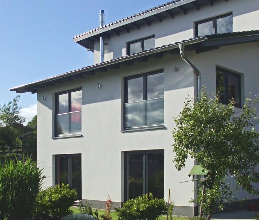 """SWS stellt neues System für """"Französische Balkone"""" aus Glas vor"""