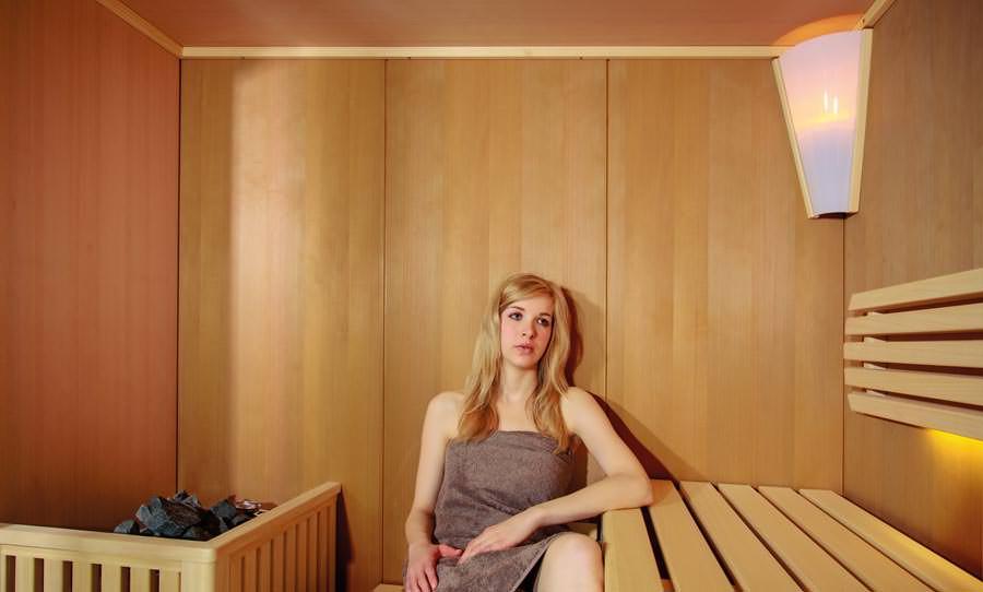 Attraktives saunieren in vertrauter atmosphäre mit neuen villeroy ...