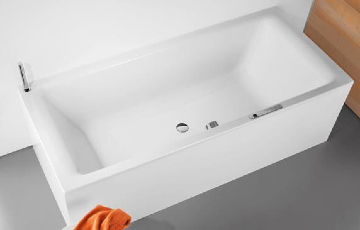 kaldewei erweitert die puro wannenfamilie f r ein komfortables bad zu zweit. Black Bedroom Furniture Sets. Home Design Ideas